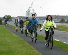 Japanske cykelturister på Lolland