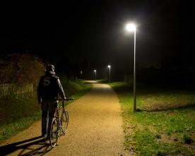 Se Middelfarts nye intelligente belysning til cyklister her